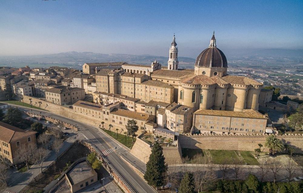 Loreto, La Basilica della Santa Casa